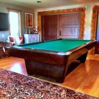 Brunswick Medalist Pool Table