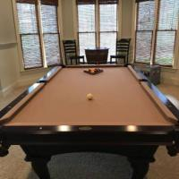 Beautiful Olhausen Pool Table