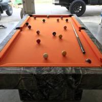 7' Pool Table in Excellent Condition